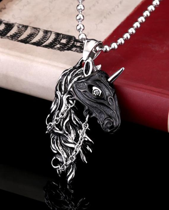 collar unicornio con mascara